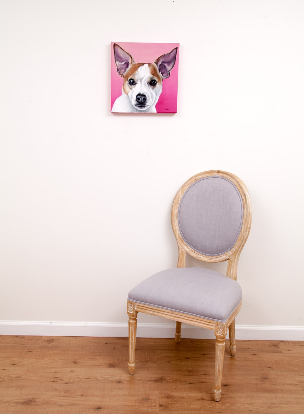 Custom dog portrait of a jack russell and chihuahua dog by fine arts painter Erica Eriksdotter, with chair